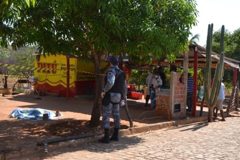 Comerciante é morto a tiros após esfaquear homem em Picos