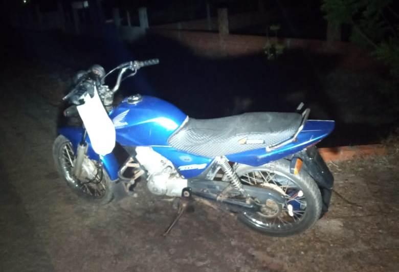 Homem é assassinado com tiro na cabeça enquanto pilotava moto na zona rural de Luzilandia