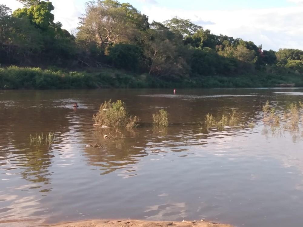 Homem morre afogado durante banho no rio Poti