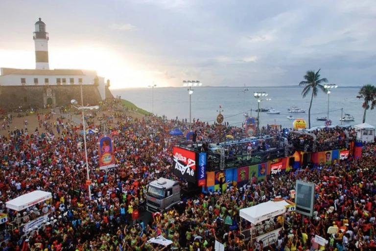 Carnaval no Rio de Janeiro e São Paulo poderá ser em julho de 2021