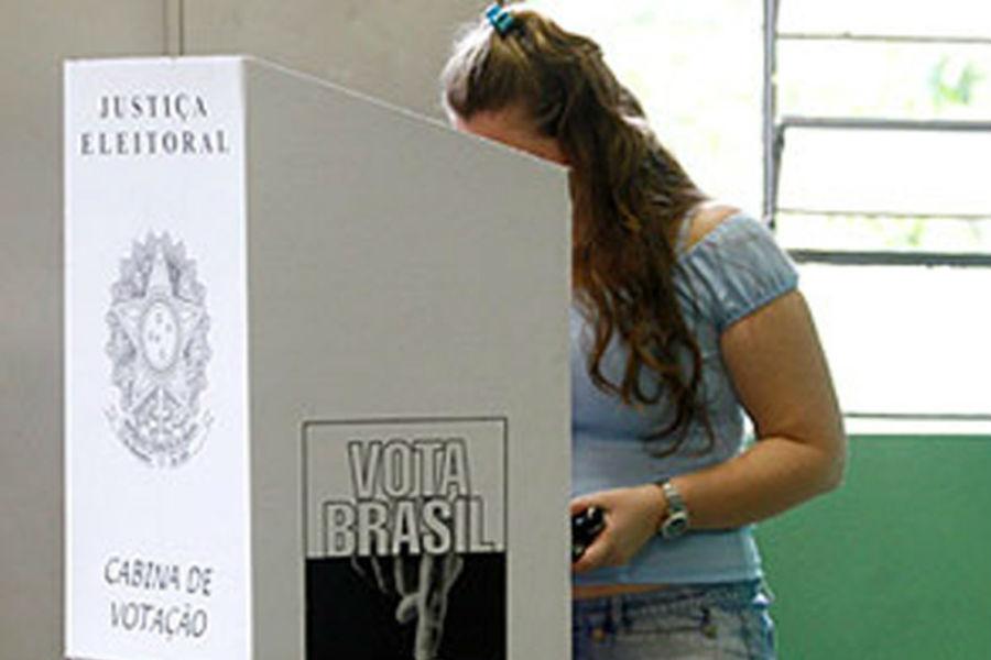 Mulheres vão decidir eleição e 38 mil piauienses podem votar pela 1ª vez