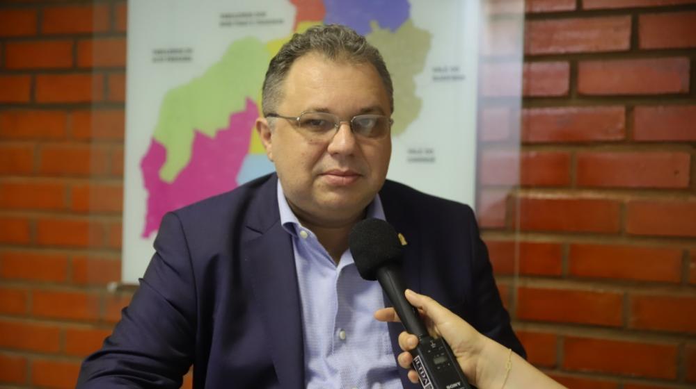 'Todas as cidades do Piauí vão ter condições de realizar vacinação', diz Florentino Neto