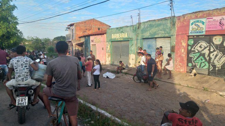 Mulher é assassinada a golpes de faca durante a madrugada em Esperantina