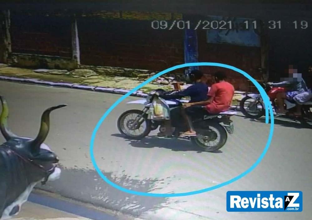 Bandidos tomam moto de assalto no centro da cidade de Esperantina