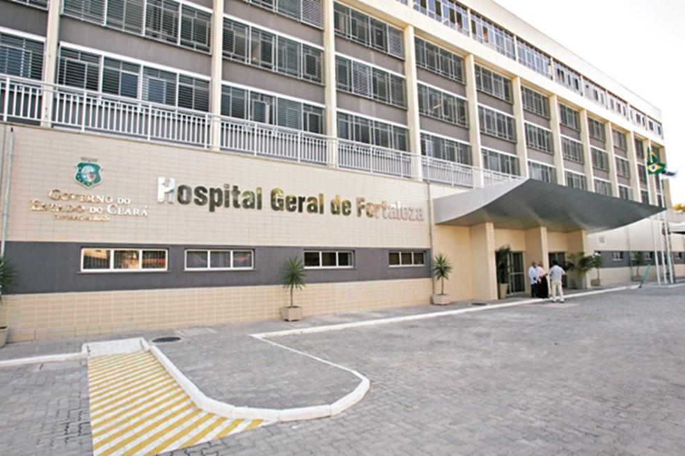 Governo do Ceará prevê concurso para 33 mil profissionais na saúde