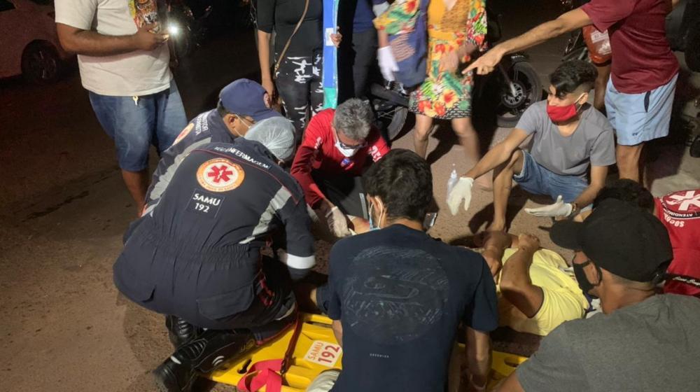 Acidente envolvendo moto e bicicleta deixa três pessoas feridas na PI-110 em Barras PI