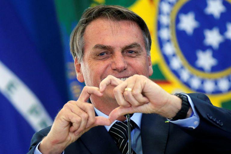 Em apenas 24 hs abaixo-assinado pelo impeachment de Bolsonaro tem 110 mil adesões