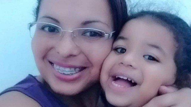 Mãe mata filha de 5 anos e arranca olhos e língua dela com tesoura