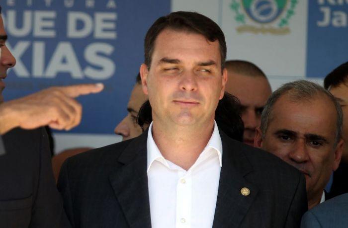 O deputado federal Flávio Bolsonaro - (Foto: Fábio Motta/Estadão Conteúdo)