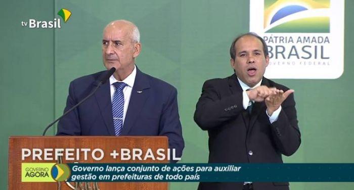 O ministro chefe da Secretaria de Governo, Luiz Eduardo Ramos, no lançamento do guia - (Foto: Reprodução/TV Brasil)