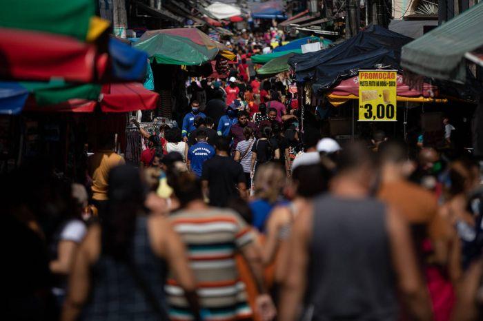 Manaus, um dos principais focos de avanço da variante brasileira - (Foto: Bruno Kelli/Amazônia Real - 07.07.2020)
