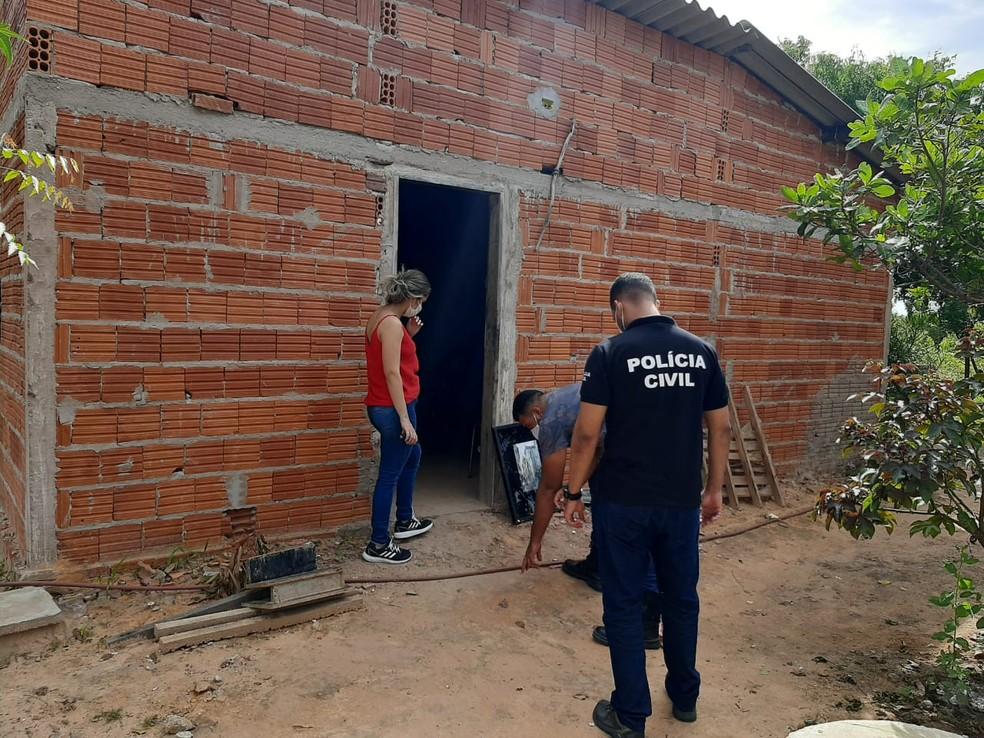 Mulher com bebê de quatro meses no colo é esfaqueada no Sul do Piauí