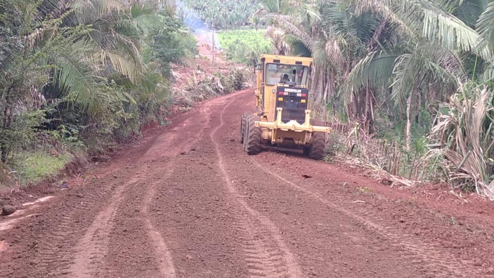 Esperantina: prefeitura segue recuperando estradas vicinais