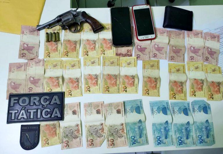PM prende três suspeitos, apreende arma de fogo, munições e dinheiro no Piauí