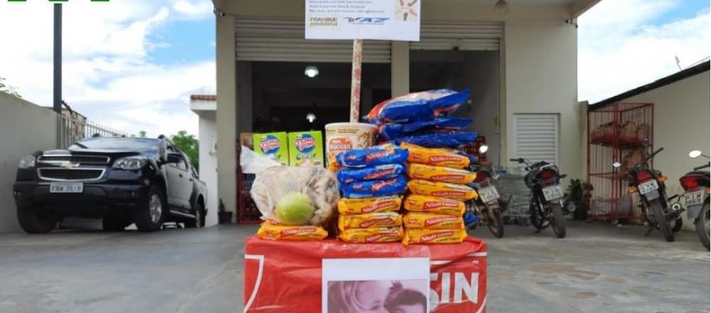 Supermercado oferece alimentos de graça no Piauí: 'Pode pegar e levar para a sua casa'