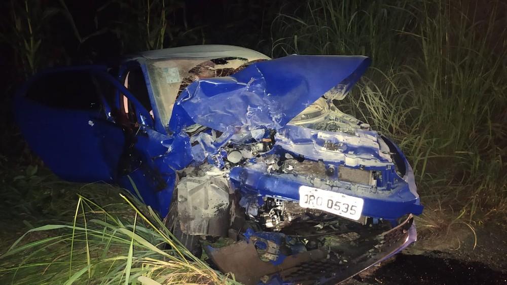 Colisão entre dois carros na BR-316 deixa uma pessoa morta e duas feridas