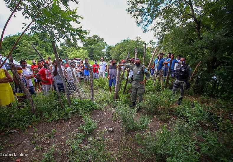 Corpo de mulher é encontrado às margens de rio e suspeitos são vistos cavando cova - Foto: Roberta Aline / Cidade Verde