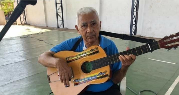 Morre o poeta Chico Félix, ícone do repente barrense