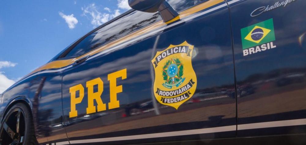 Homem é preso pela PRF com droga avaliada em R$ 900 mil, na BR-316 no PI