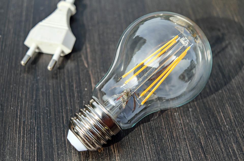Bandeira vermelha deixa energia elétrica mais cara em Maio - Foto: Pixabay (Licença Free/Grátis)