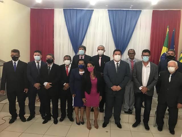 Três vereadores de Barras testam positivo para covid-19; um está internado