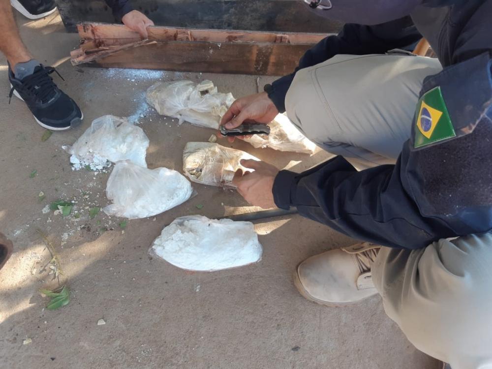 Homem suspeito de tráfico internacional de drogas é preso no Piauí - Foto: PRF