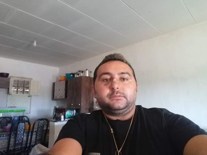 Professor de 37 anos morre de Covid-19 e comove e comove cidade do Piauí
