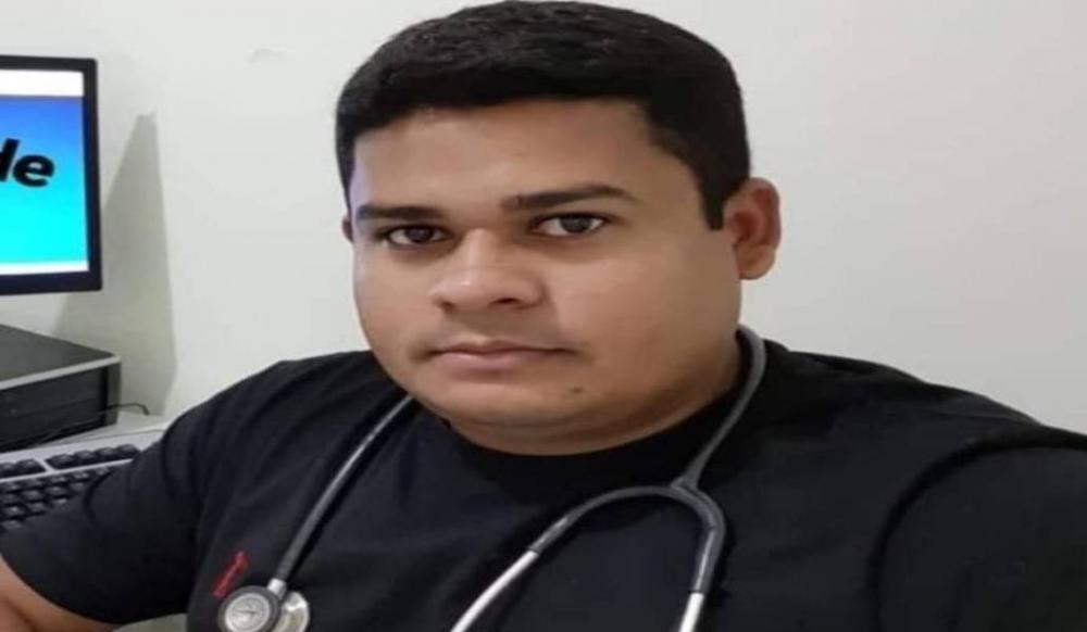 Médico de 35 anos que atuava na cidade de Valença do PI morre vítima de covid