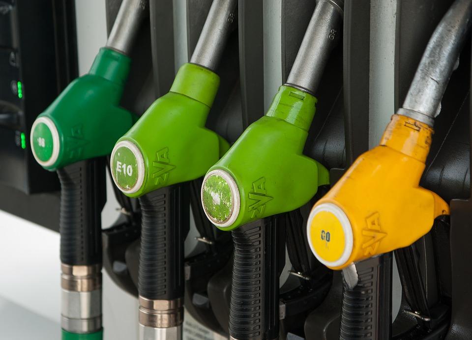 Preço da gasolina sobe e chega a R$ 6,49 no Piauí; confira onde é mais caro