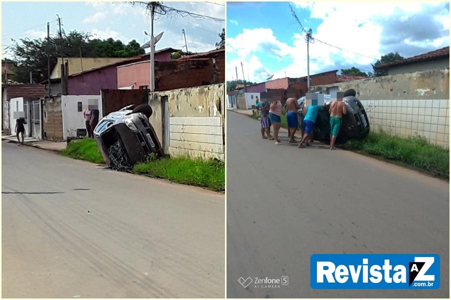 Carro após colidir na traseira de outro veículo em Esperantina
