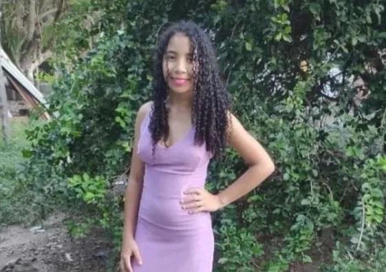 Jovem adolescente de 15 anos natural de Esperantina está desaparecida