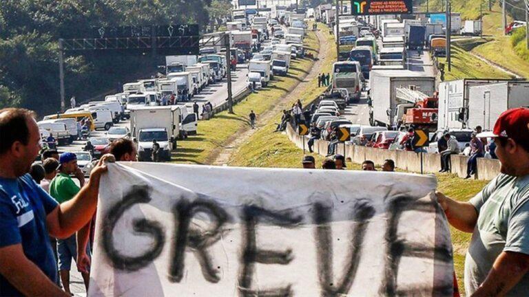 Entidade diz que caminhoneiros entrarão em greve indeterminada a partir do dia 25 de julho