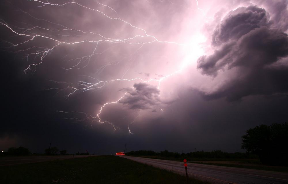 Instituto de Meteorologia emite alerta de chuvas intensas com ventos de até 60 km/h no Piauí