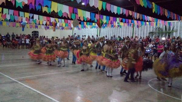 Redes estadual e municipal de ensino realizam Festival Junino em Jatobá do PI