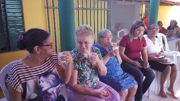 'Melhor Idade de Viver' recebe palestra sobre alimentação