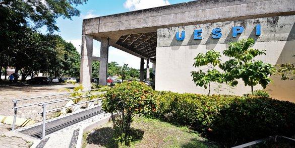 Pafor/Uespi lança edital com 339 vagas para professor formador e supervisor de estágio