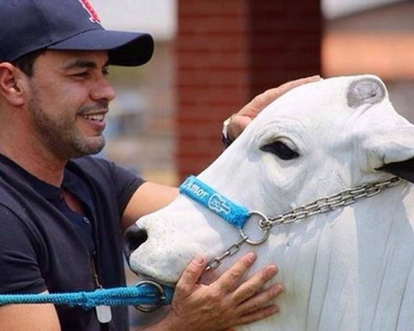Zezé Di Camargo coloca fazenda de R$ 25 milhões à venda