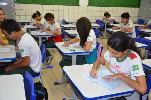 Saepi avalia 136 mil alunos da rede estadual nesta quarta (29)