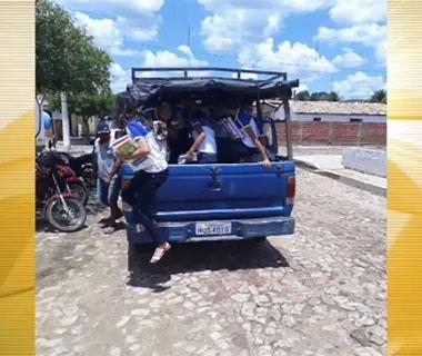 Alunos fretam pau de arara para ir a escola no interior do Piauí