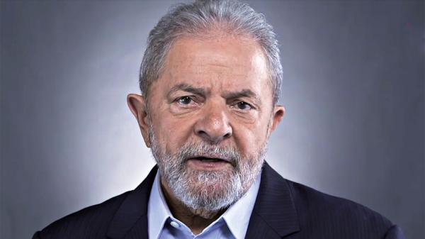 Cúpula do PT acha que Lula será preso neste mês, diz colunista