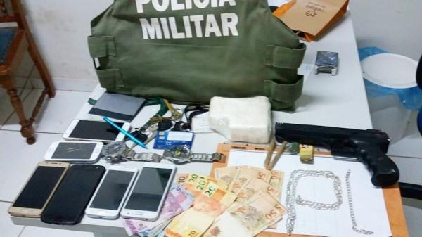 PM prende traficantes com meio quilo de cocaína no interior do Piauí