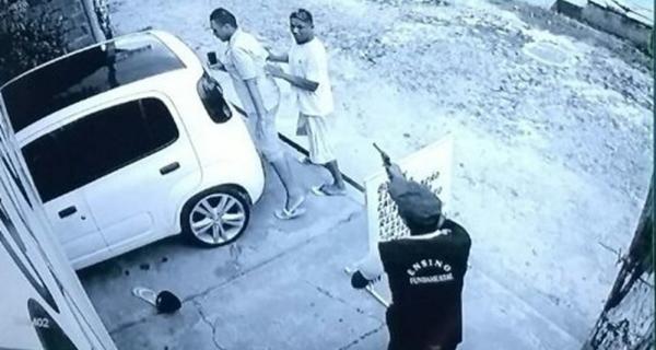 Bandido usa uniforme de estudante e atira na vítima durante roubo no PI