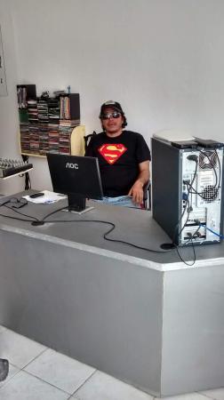 DJ Jefferson Lopes é considerado um dos profissionais mais procurados na capital Teresina PI