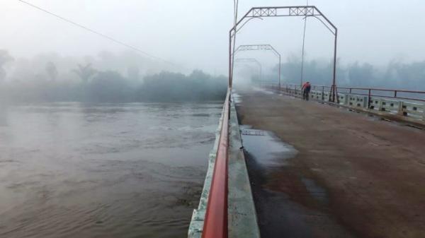 b3688d0961 Enchente preocupa população de Esperantina Piauí