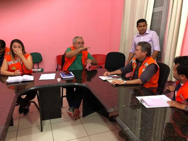 Governo de Barras PI se reúne com Defesa Civil Estadual