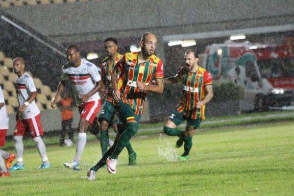 River perde de 3 a 0 para o Sampaio Correia em São Luís