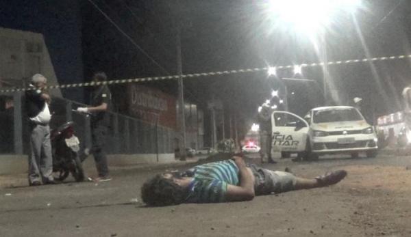 Entulho provoca acidente de moto com vítima fatal na região do Grande Dirceu na capital