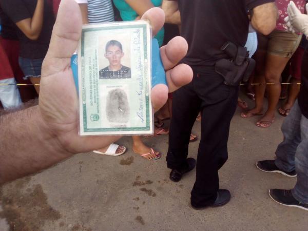 Homem é morto em frente de escola em Campo Maior PI