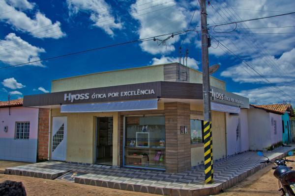 Foi inaugurada hoje em Barras a Hyoss Ótica por excelência