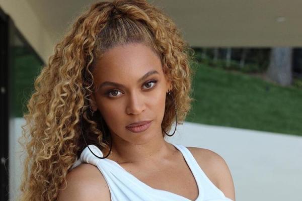 Beyoncé compra igreja de mais de R$ 3 milhões nos EUA